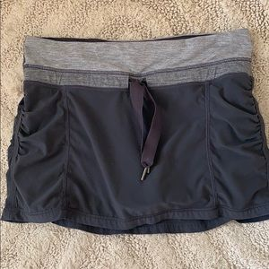 Lululemon Gray Skirt size 4